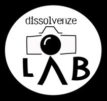 logo-2016_dissolvenzelab_bianco