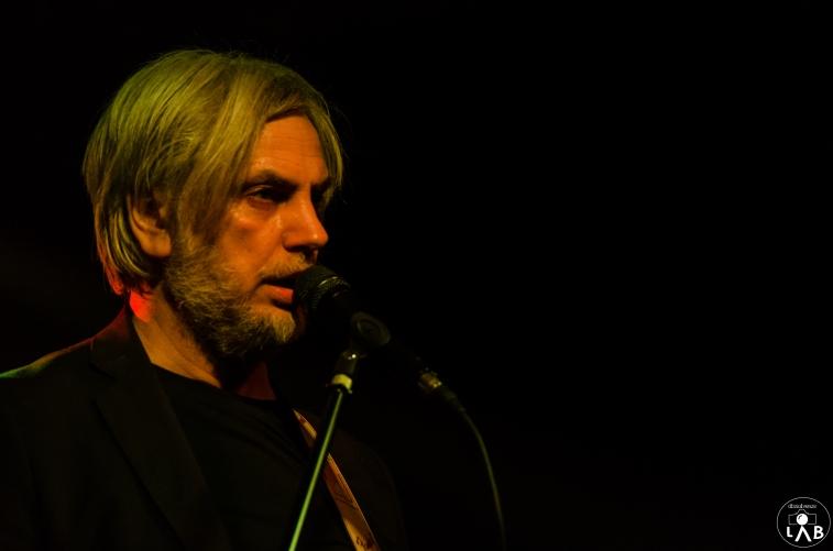 """PAOLO BENVEGNÙ A tre anni di distanza dal disco """"Earth Hotel"""", Paolo Benvegnù torna con un nuovo album di inediti, """"H3+"""", dedicato alla perdita, all'abbandono e alla rinascita, un'antologia di visioni, dove la grazia, la molecola alla base della vita, riempie gli spazi tra le emozioni, conservando la memoria di quello che siamo stati e quello che saremo. """"H3+"""" conclude la trilogia iniziata da """"Hermann"""" e """"Earth Hotel"""": un viaggio a tre tappe all'interno dell'anima. ANGELA BARALDI Dopo sette dischi (di cui due realizzati con Massimo Zamboni) e un'incubazione di cinque anni, esce venerdì 24 febbraio il nuovo straordinario disco di ANGELA BARALDI, dal titolo """"TORNANO SEMPRE"""". Un'idea nata dall'incontro della Baraldi con Giorgio Canali (qui produttore del disco) e Stewie Dal Col.Nel disco, Vittoria Burattini, batterista di Massimo Volume, Vincenzo Vasi, Riccardo Da Col, Emanuele Reverberi e Gianni Maroccolo."""